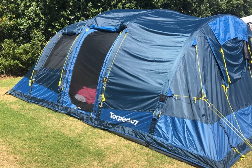 6 person inflatable tent