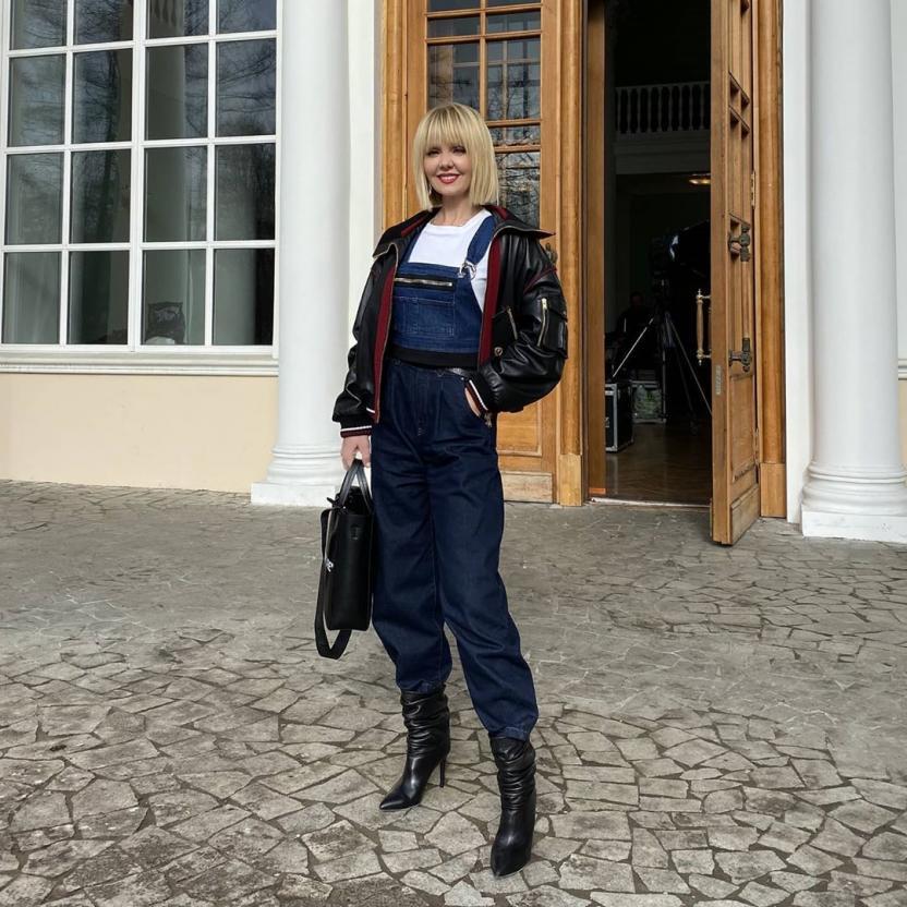 Певица Валерия запаслась тестерами на коронавирус