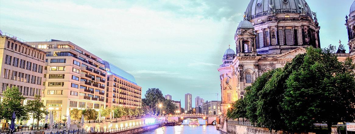 Date in Berlin: 15 ideale Treffpunkte, 36 Restaurants & 5 Aktivitäten