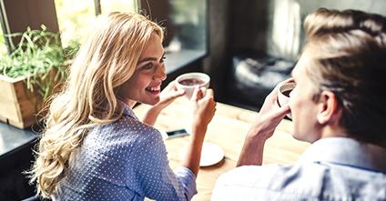 Welche Gesprächsthemen eignen sich für ein Date?