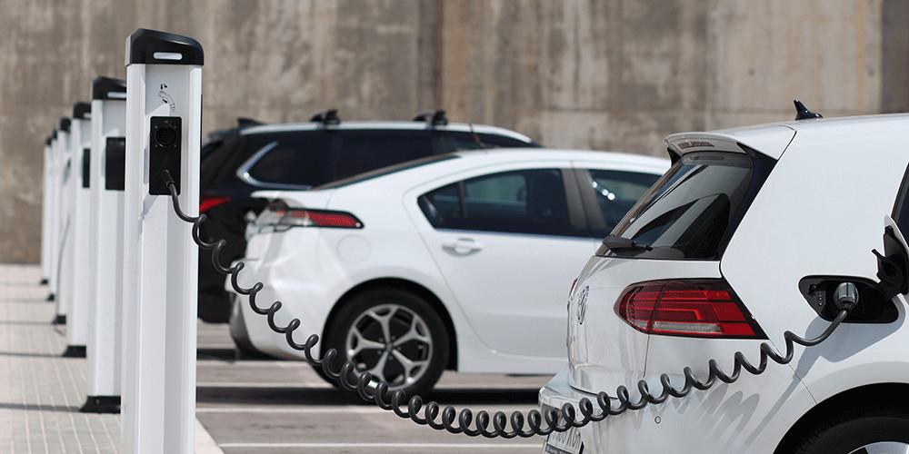hibrido vs electrico