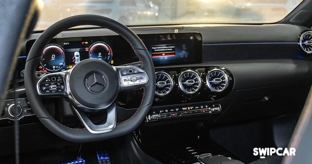 Interior volante mercedes clase a