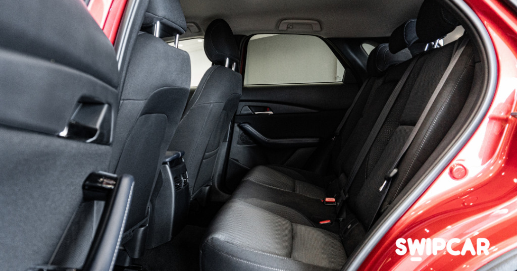 interior mazda cx30