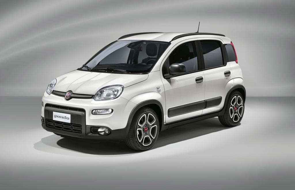 Fiat Panda è l'auto più noleggiata dagli italiani nel 2020