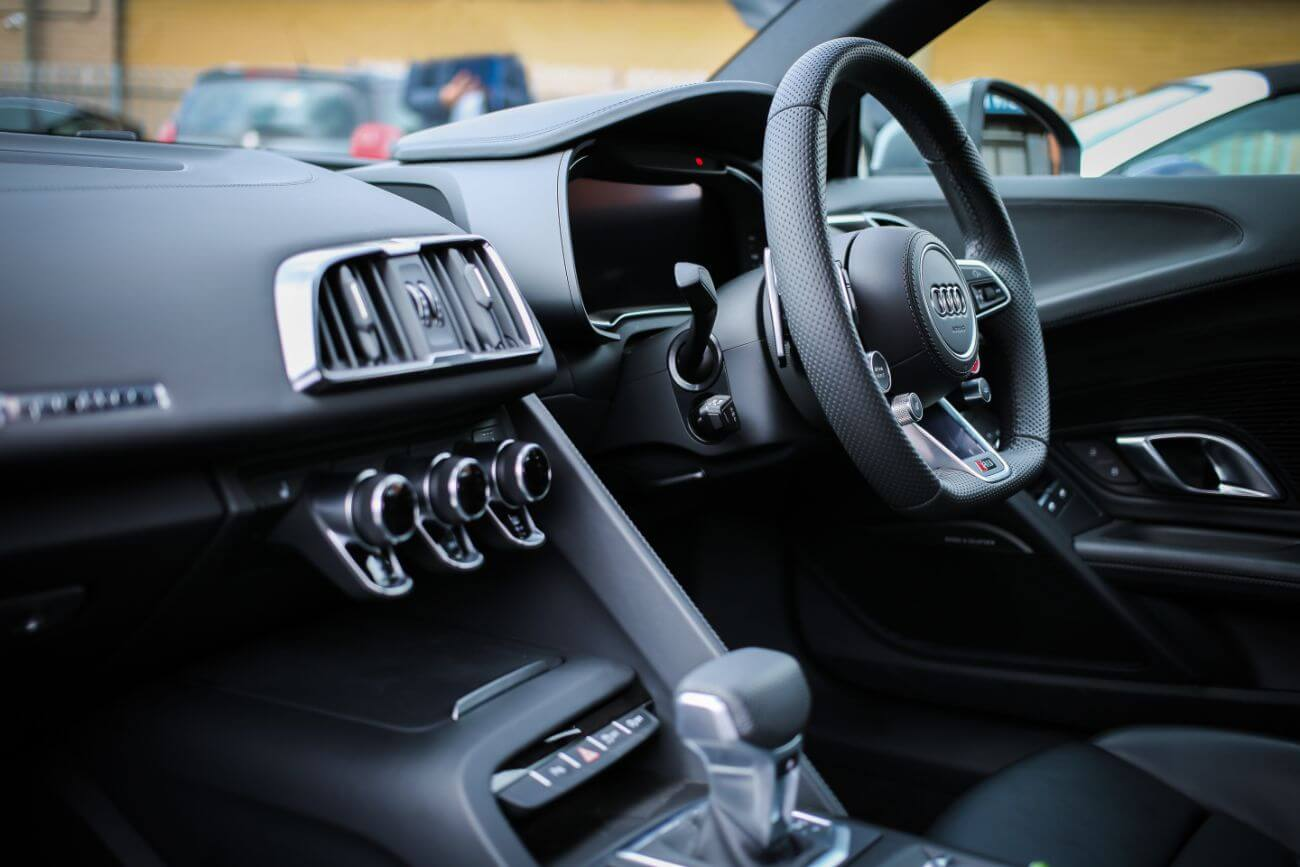 limpiar coche por dentro