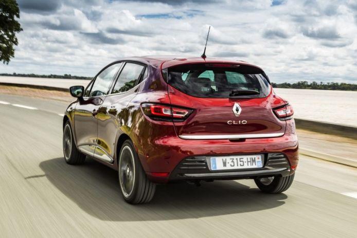Renault clio renting