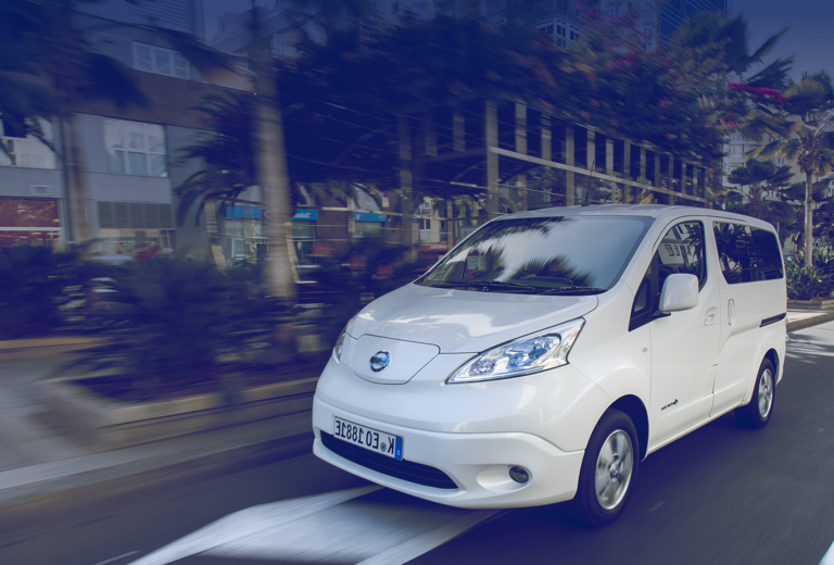 Nissan e-NV200 background