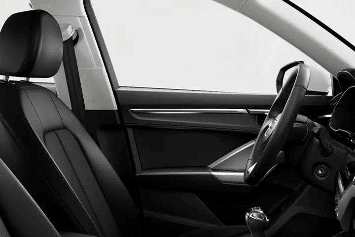 Audi-Q3-45 TFSIe Stronic Advanced-1