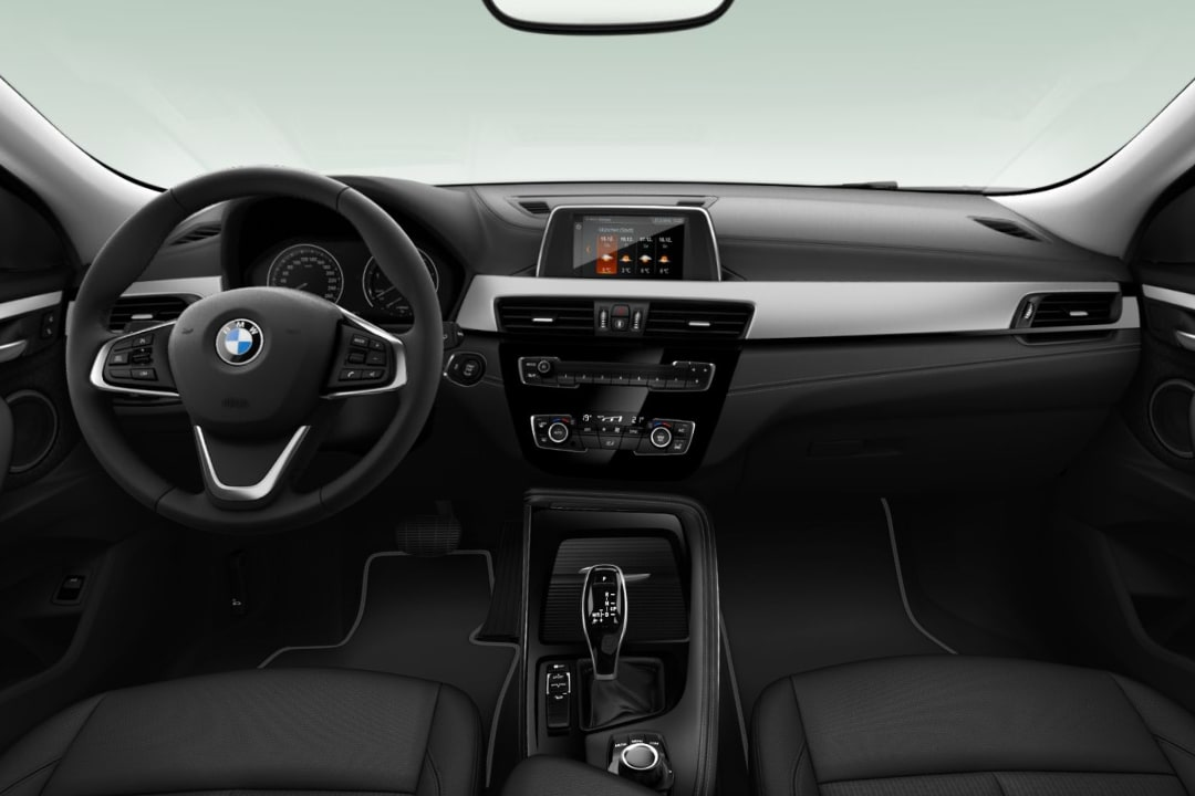 Bmw-X2-xDrive 25e-interior