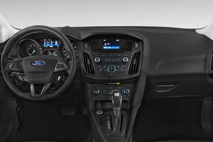 Ford-Focus-1.5 TDCi Trend+-interior