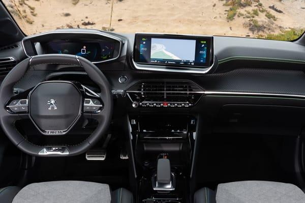 Peugeot-e-208-Electrico Allure-interior