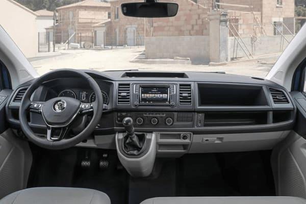 Volkswagen-Transporter-Furgon Corto TN 2.0 TDI-interior