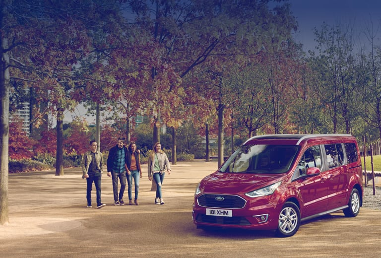 Ford Tourneo Connect background