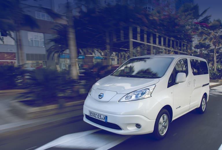 Nissan e-NV200 background