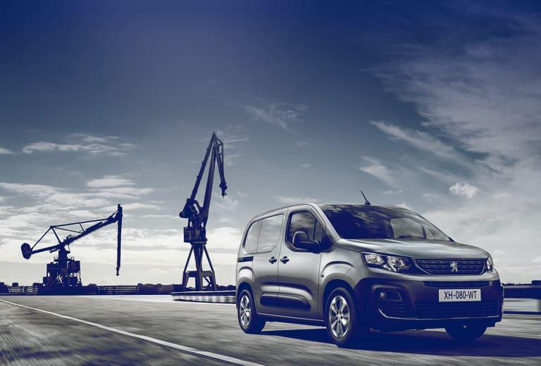 Peugeot Partner background
