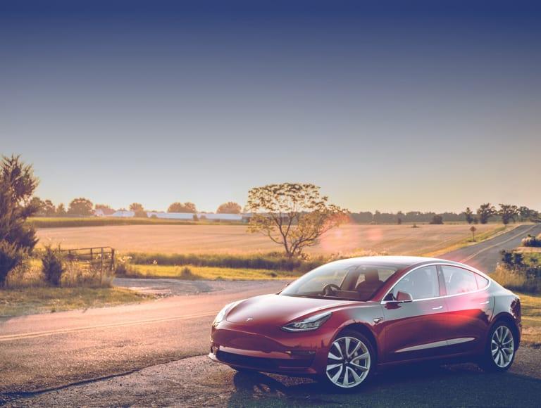 Tesla noleggio lungo termine privati e aziende