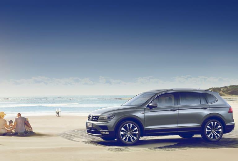 Volkswagen Tiguan allspace background