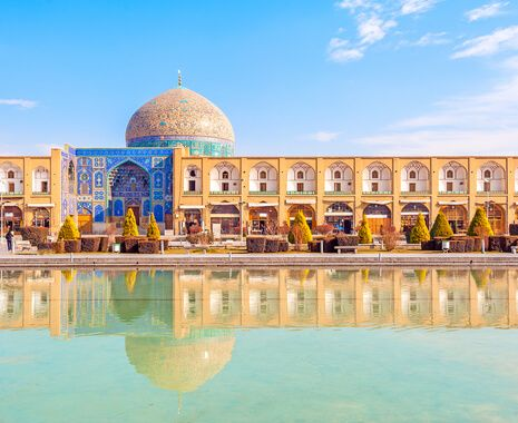 Sheikh Lotfollah Mosque at Naqsh-e Jahan Square in Isfahan, Iran