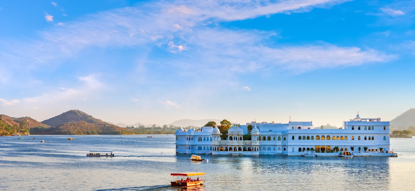 Taj Lake Palace on lake Pichola, Udaipur