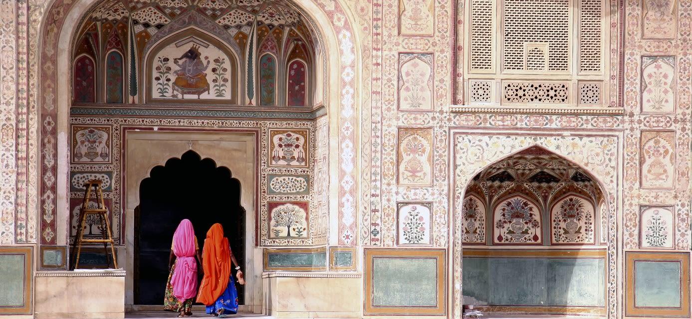 Women in Amber fort, Jaipur