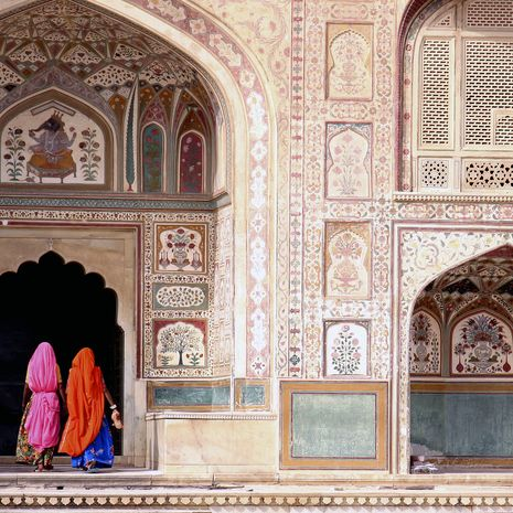 Women in Amber fort, Jaipur