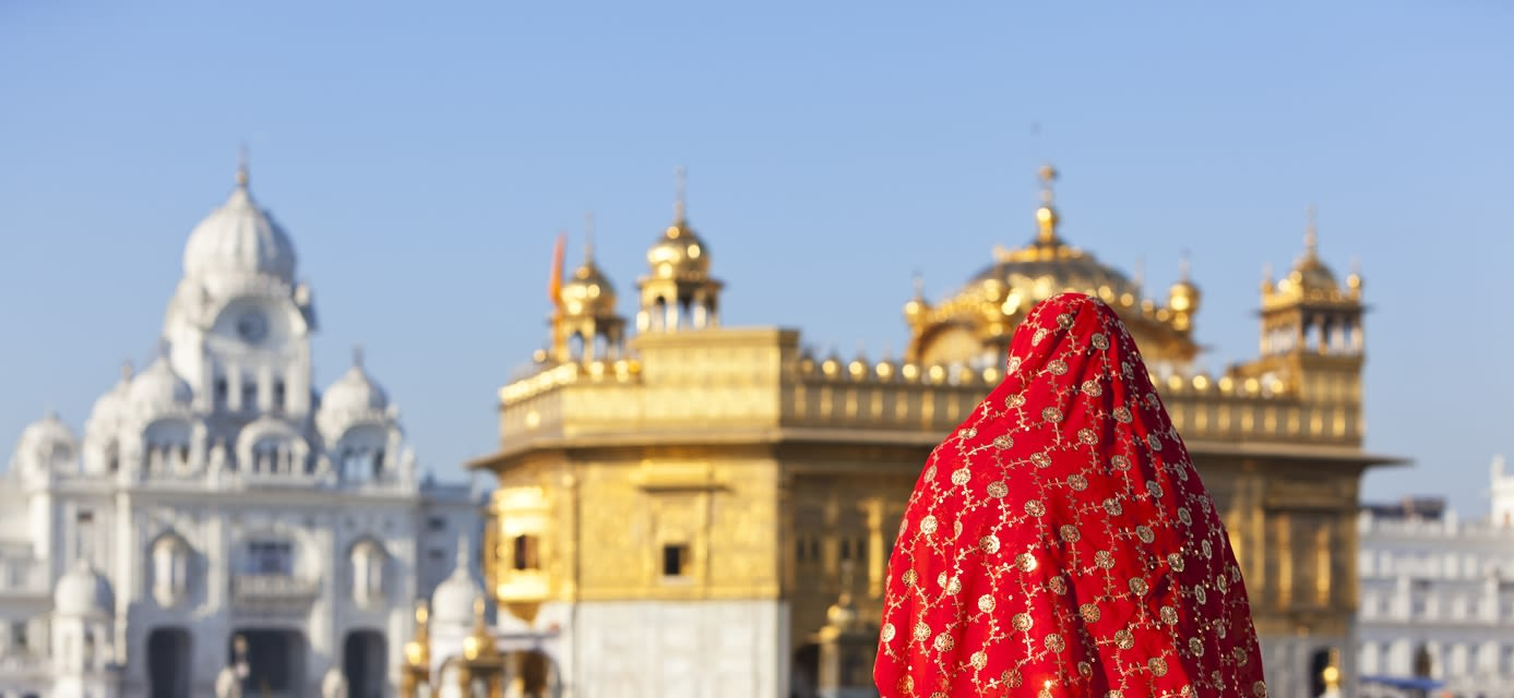 Woman in sari outside the Golden Temple