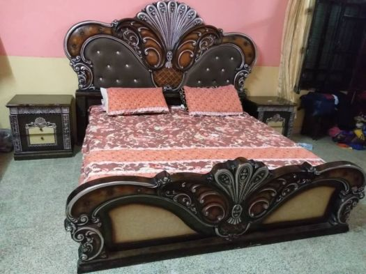 Chambre A Coucher Complet Lit Commode Living Et Armoire A Djibouti