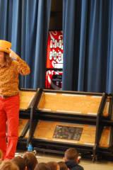 Storyteller Jonathan Kruk Weaves Tales At Lindsey School