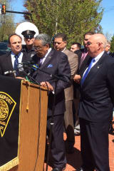 Police, Lawmakers Call For Connecticut To Pass Clearer Open Carry Gun Rules