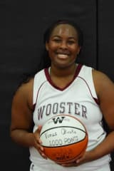 Venus Okwuka Scores 1,000th Career Point For Danbury's Wooster School