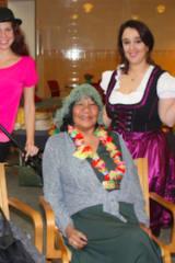 Waveny LifeCare Network's Adult Day Program Participants Celebrate Broadway