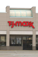 Wilton Police Charge TJ Maxx Worker With Stealing From Store