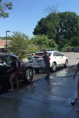 Bronxville Carwash Helps Fund Village Lutheran Church Youth Group Trip