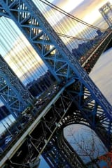 New Jersey Woman Survives Leap Off George Washington Bridge