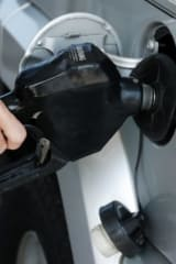 Lower Gas Prices Help Fuel Memorial Day Road Travel