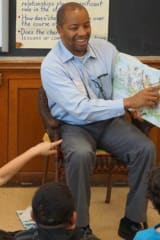 Local VIPs Participate In Jefferson Elementary's Annual Great Read Aloud