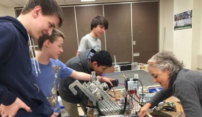 Mamaroneck High School Students Ready For First Tech Challenge