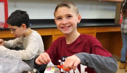 Briarcliff Middle Schoolers Amped During Electricity, Magnetism Fair