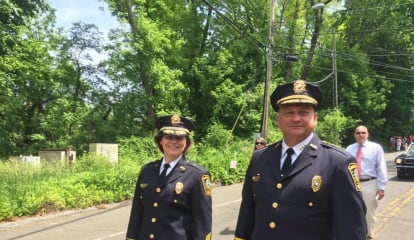 Police Department Joins Rowayton In Stepping Off For Memorial Day