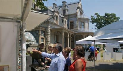 Crowds Head Outside To Enjoy Annual Norwalk Art Festival