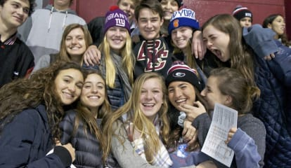 Playland Ice Arena Abuzz Rye Takes Suffern To The Wire In Hockey