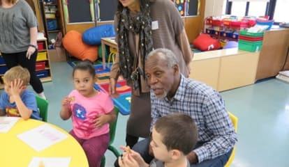 Actor Danny Glover Tells Area Students Of His Dyslexia Struggles