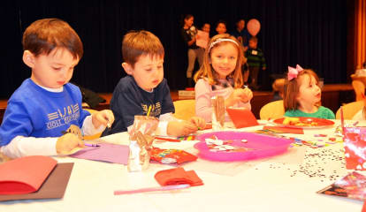 Kids Take Part In Bronxville Junior League Annual Meeting