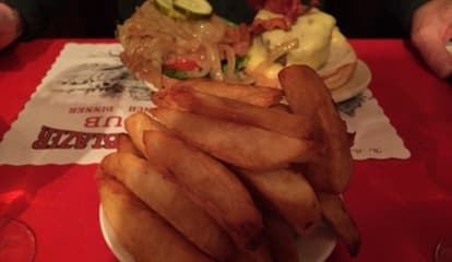 Blazer Pub In North Salem Competes In DVlicious 'Best Fry' Contest