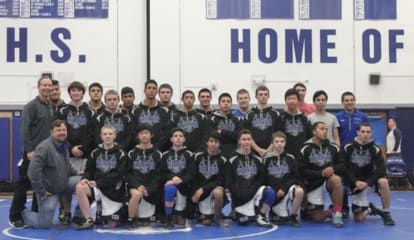 Hen Hud Wrestlers Win Award For Sportsmanship