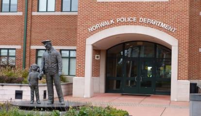 Police Offer Safety Tips After Online Seller Robbed In Norwalk