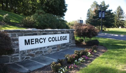 Iona, Mercy, Sarah Lawrence, College Of New Rochelle Gain State Grants