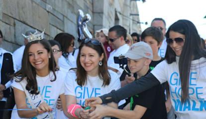 Somers' Lee Goldberg Emcees Walk For Pediatric Cancer Foundation