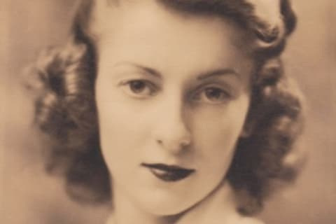 Edith Dean Stowell, 93, Of White Plains