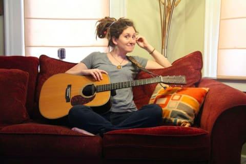Fairfield Singer-Songwriter Looking For Stars For New Video
